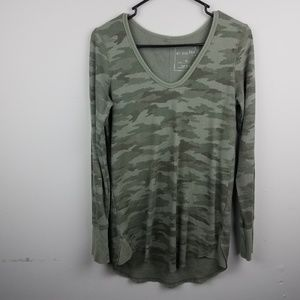 We The Free People Thermal Camouflage Sz Medium